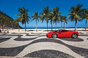 The-458-Italia-by-Copacabana-beach-photo-Americo-Vermelho