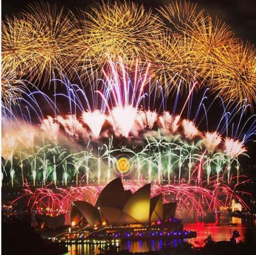 see-the-sydney-new-years-eve-2013-fireworks-from-all-angles_h1