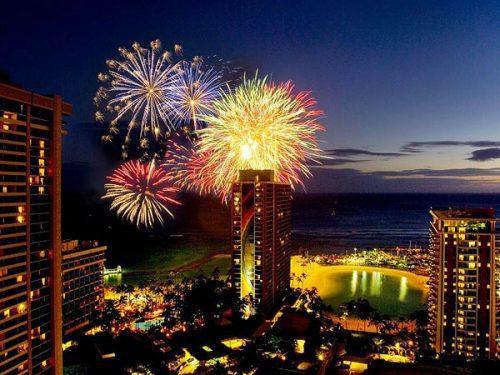 hilton_hawaiian_village_fireworks