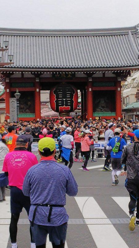 東京マラソン_雷門_小